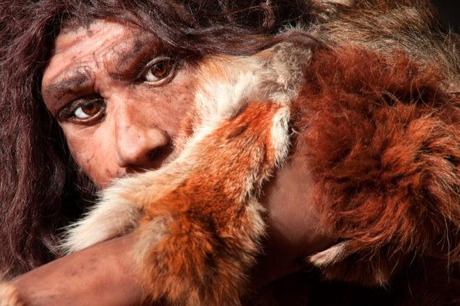 Un homme de Néandertal.